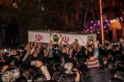 استقبال بینظیر و باشکوه مردم کاشان از پیکر ۳ شهید حادثه تروریستی زاهدان