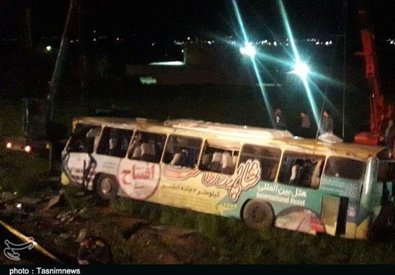تعداد کشتهها و مصدومان واژگونی اتوبوس در لرستان به ۴۳ نفر رسید+ اسامی