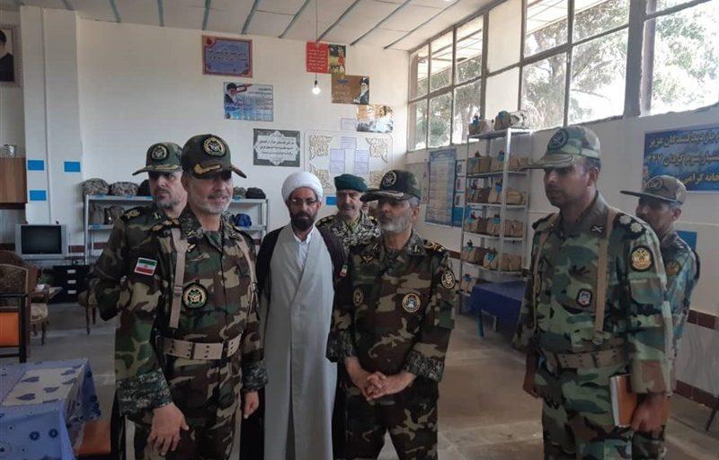 بازدید فرمانده کل ارتش از گروه ۱۱ توپخانه مراغه +تصاویر