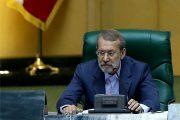 لاریجانی: آمریکاییها برای مذاکره با ایران واسطه میفرستند