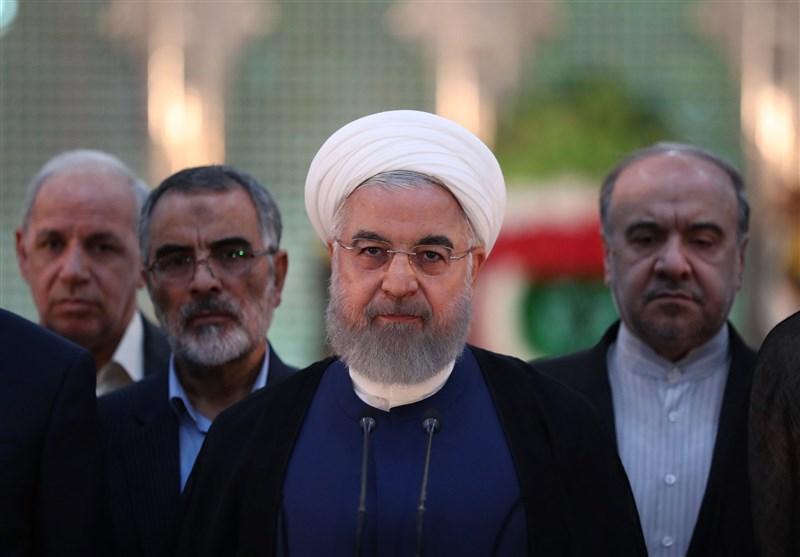 روحانی: طبق تأکید امام(ره) دولتی موفق است که خادم مردم باشد/کسی با تضعیف دولت تقویت نمیشود