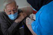 سالمندان تا پایان خرداد واکسینه میشوند/ ۳ سناریو برای واردات واکسن کرونا توسط بخش خصوصی